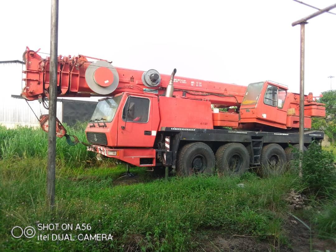 80 ton Grove GMK motor Crane